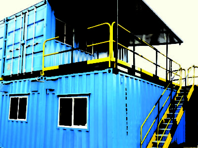 Construcción adecuada con contenedor KNO