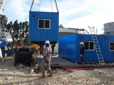 Construcción adecuada con contenedor
